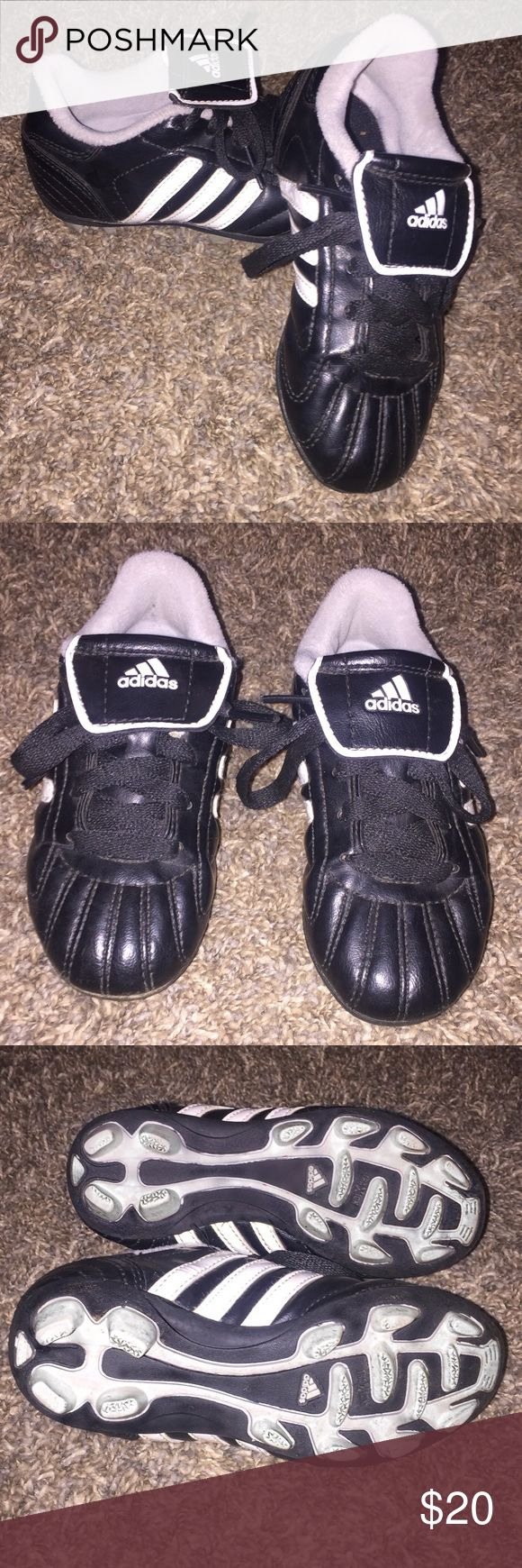 Toddler boys ADIDAS baseball cleats Excellent condition.  Very little signs of wear.  No rips or holes.  Pet and smoke free home. Adidas Shoes Sneakers
