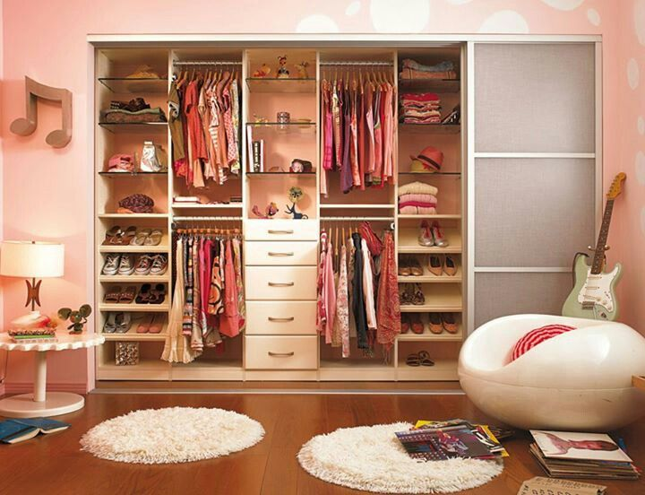 23 best images about zapateras on pinterest shoe display for Closet modernos con zapatera