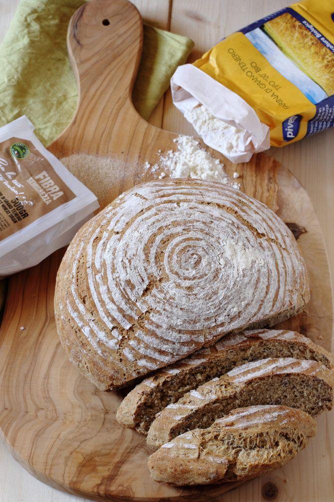 Pane di Farina Integrale con Cruschello, Germe di grano e Semi di lino