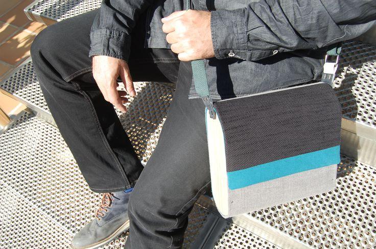 Bolso unisex con laterales de madera