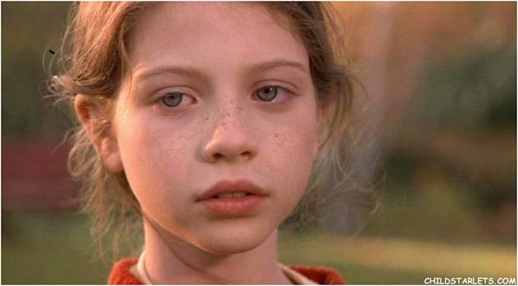 """Michelle Trachtenberg (born: Oct. 11, 1985) is an American actress. Her 1st starring role was in 1996's """"Harriet the Spy"""" (age 11). (see: other pin for more info)"""