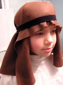 shepardheadpiece.jpg stretchy headband to hold brown felt in place