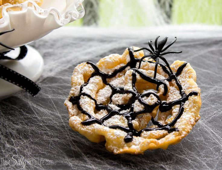 21 Halloween Party Treats | http://lauraslittlehousetips.com/21-halloween-party-treats/