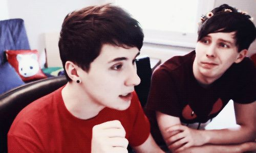 YOU CAN'T TELL ME PHAN DOESN'T EXIST WHEN YOU CAN CLEARLY SEE PHIL'S FACE COMPLETELY AND UTTERLY FOCUSSED ON DAN'S LIKE HE'S THE MOST BEAUTIFUL THING PHIL'S SEEN IN HIS WHOLE LIFE!!!