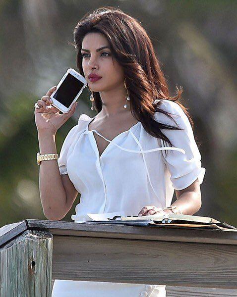 #PriyankaChopra shoots #baywatch in #Miami .