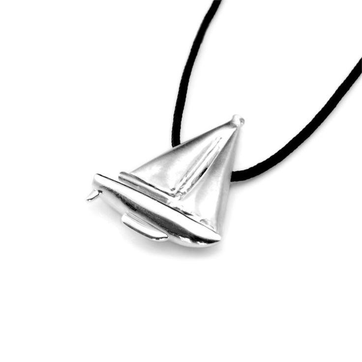 Sailing Boat Pendant - Silver #jewelry #jewellery #pendant #silver #sailing #boat #yachting #Greece #Greek #sun #sea #summer #ocean #gift