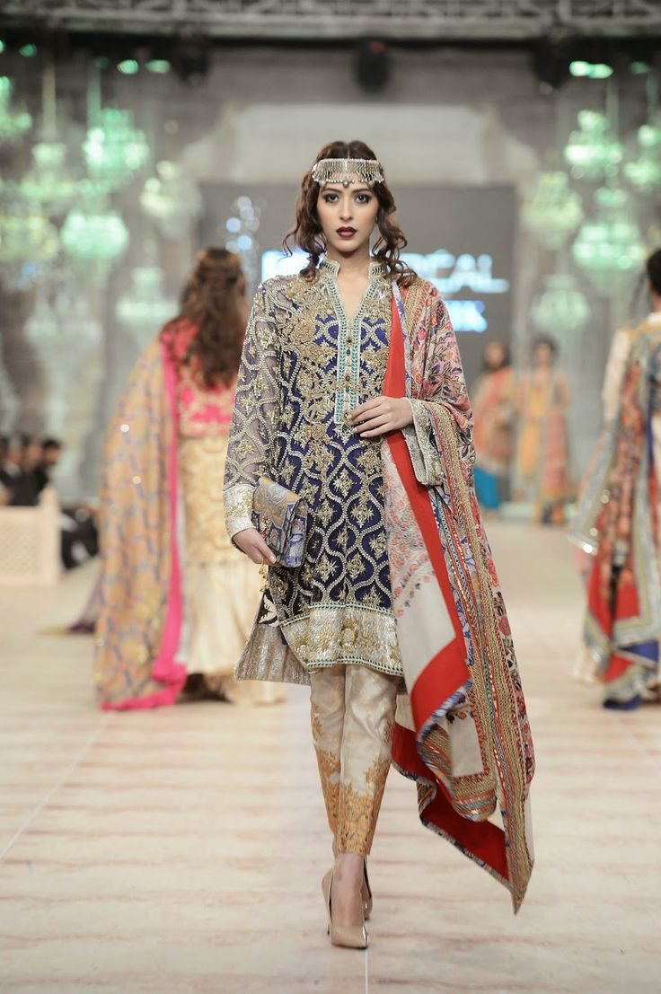 842 best pakistani designer clothes images on pinterest zara shahjahan bridal collection at pfdc loreal paris bridal week 2014 day 2 ombrellifo Image collections