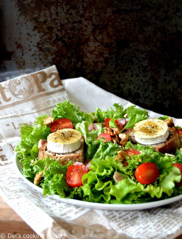 Aujourd'hui je vous prépare un plat bistrot tout simple et très savoureux qui va en régaler plus d'un : la salade de chèvre chaud et sa sauce épicée. Connue de tous, la salade de chèvre chaud est l...
