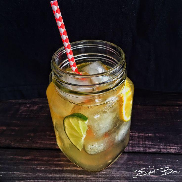 Lynchburg Lemonade Jack Daniels Old No.7, sweet and sour karışımı, triple sec, Sprite #lynchburg #lemonade #whiskey #viski #kokteyl #cocktail #booze #drink #drinks #recipe #tarif #cocktails #alcohol #drunk