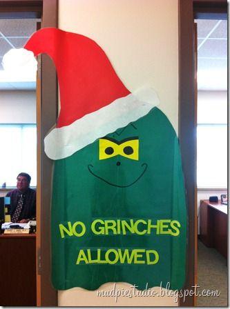 Grinch bulletin board idea from mudpiestudio.blogspot.com #holiday #Christmas #school