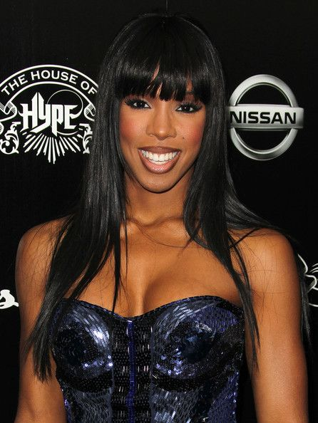 Kelly Rowland Long Straight Cut with Bangs - Kelly Rowland arrived at the House of Hype's 2011 MTV Video Music Awards after party with sleek and shiny straight hair and lash-grazing bangs.