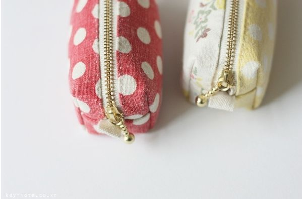 Mini Zippered Coin Purse Tutorial