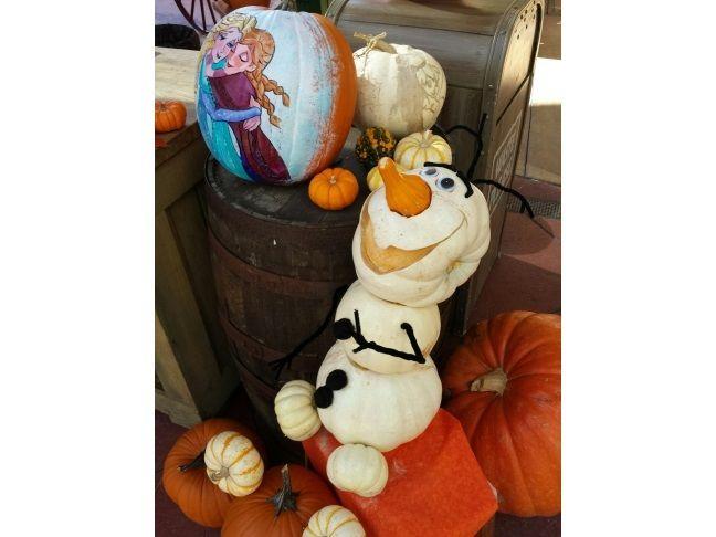 Disney's FROZEN-Inspired Halloween Pumpkin Ideas