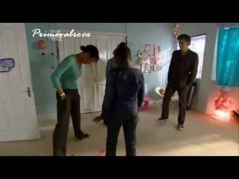 Doctor who cast - Single ladies dance (LOL)