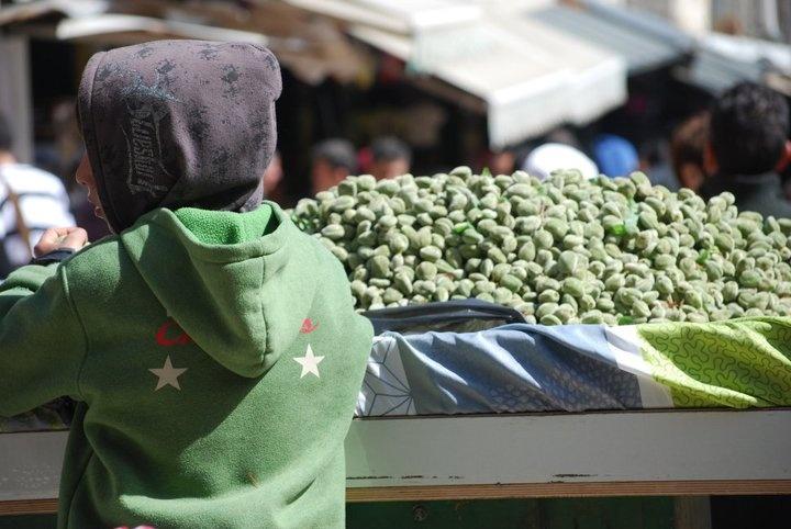 Market scene, Israel. Photo credit: Michelle Collier.