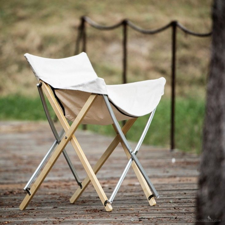 9 Folding Camp Stools For Parade Watching En Plein Air