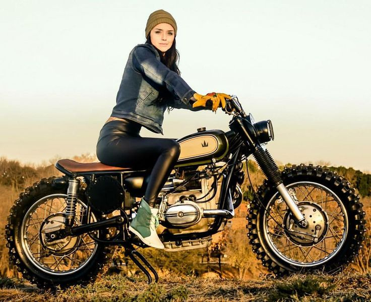 Scramblers & Trackers | @scramblerstrackers | Ural scrambler by @luckycustom #luckycustom #ural #uralscrambler #scrambler #tracker #scramblers #trackers | See more on our facebook [ Link in profile ]. Check out our takeover right now on @thunderdolls