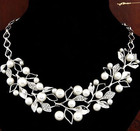 http://womensclothingdeals.com/pearl-rhinestone-necklace-for-women/     Tag a friend who would love this! For 9.95    FREE Shipping Worldwide     Get it here ---> http://womensclothingdeals.com/pearl-rhinestone-necklace-for-women/