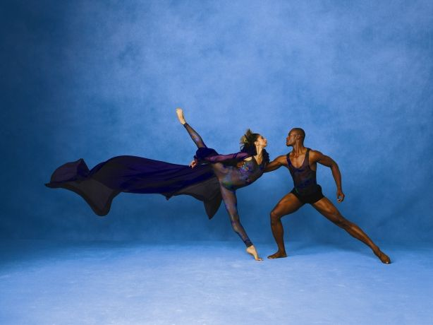 http://www.clefnotesjournal.com/arts-in-chicago/guide_to_the_2013-2014_season_in_dance