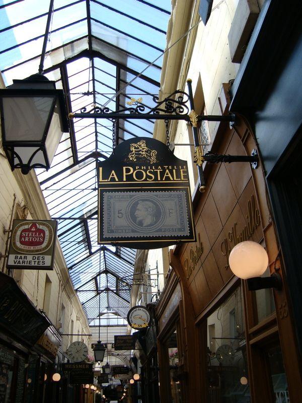 old shop sign in Paris