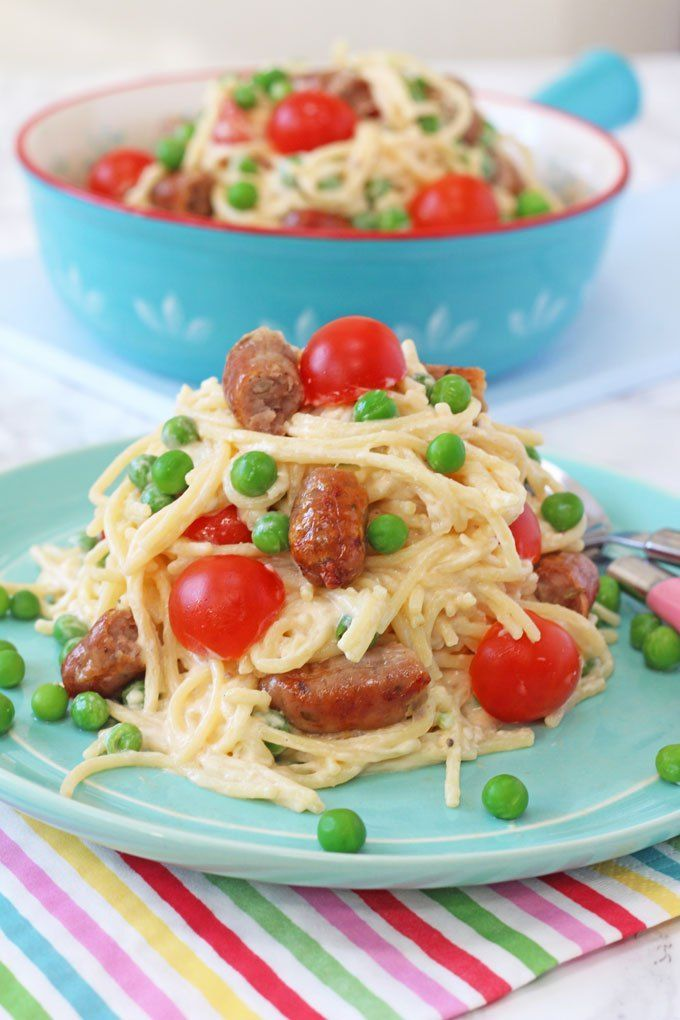 A quick and easy sausage pasta recipe for kids using new Debbie & Andrews Perfect Little Kids Chipolatas
