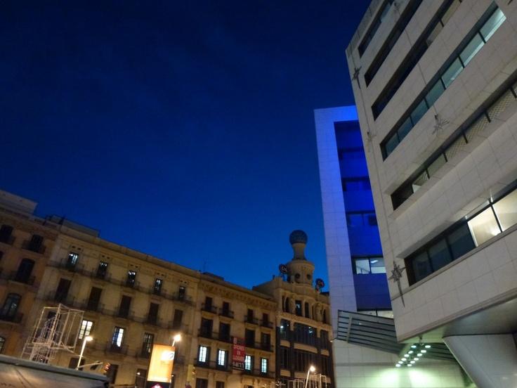 Ramblaen og havnen i Barcelona | NanaBanana