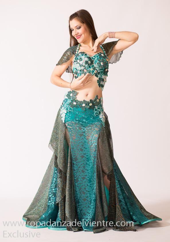 950e7ad78 Traje danza del vientre Chloé Exclusive 384 | Belly dance in 2019 | Belly  dance costumes, Belly dance outfit, Belly dancer costumes