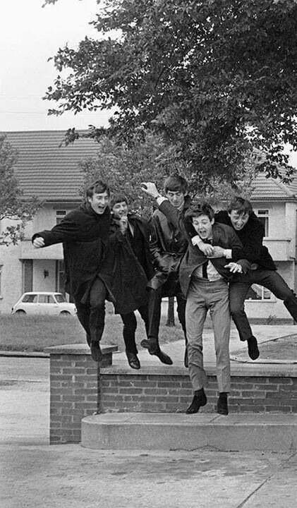 Pinterest | hardtosayno. . . The Beatles with Gerry Marsden ( Gerry and the Pacemakers )