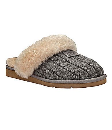 UGG slippers: I want these