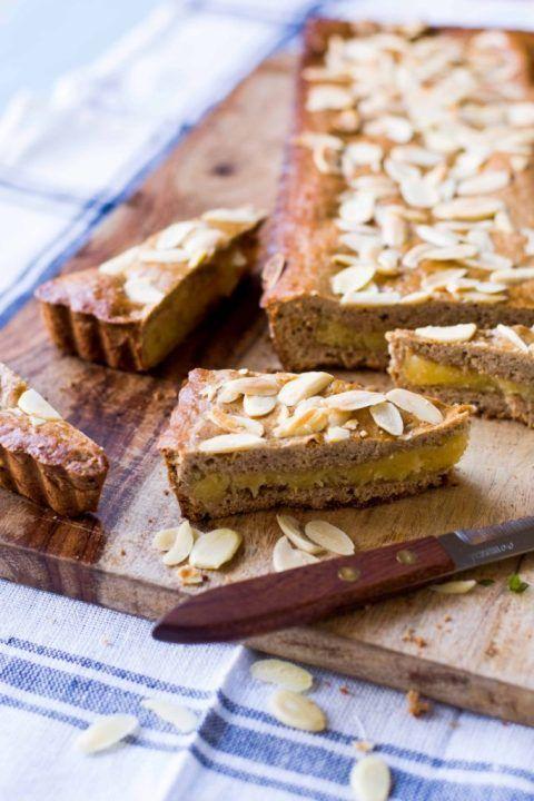 Gevulde Speculaas - Dutch bakery. Spekulatiuskuchen gefüllt mit Mandelpaste!