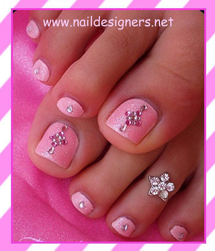 Cute Toenail Designs for Summer | Beautiful Toe Nail Designs : Cute Pink Toe Nail Design
