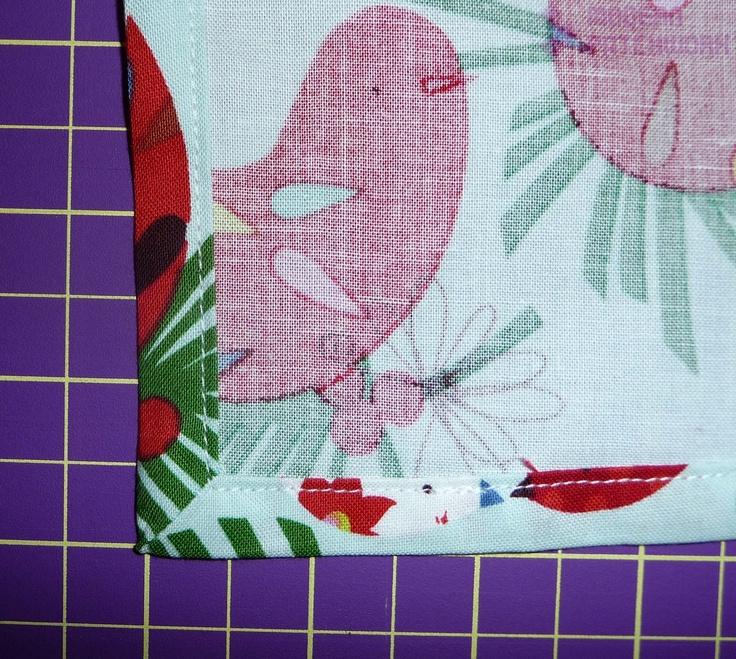Ako ušiť pekné rohy na obruse jednoducho a rýchlo / ModernPatchwork » SAShE.sk - slovenský handmade dizajn