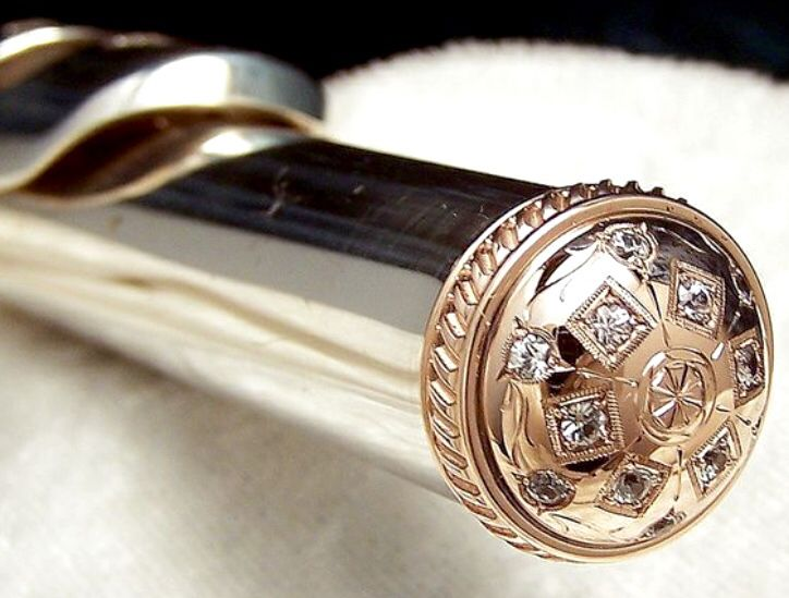 Engraved flute crown