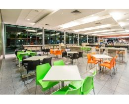 BP Caboolture North - Nextrend Furniture Projects
