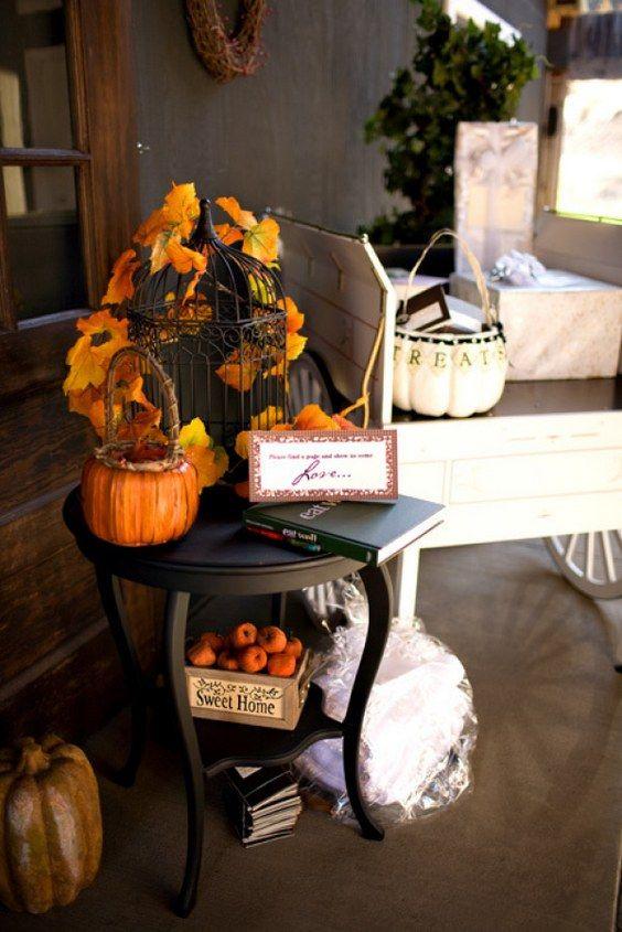 rustic fall pumpkin wedding decor / http://www.himisspuff.com/fall-pumpkins-wedding-decor-ideas/10/