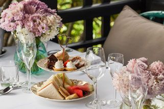 Royal High Tea - For 2, Brisbane | RedBalloon