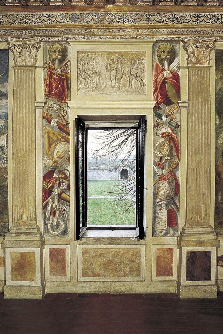 Palazzo Giardino. Bernardino Campi e aiuti, sala degli Specchi, parete lunga verso il giardino - Foto di Fabrizio Buratta e Fausto Valente