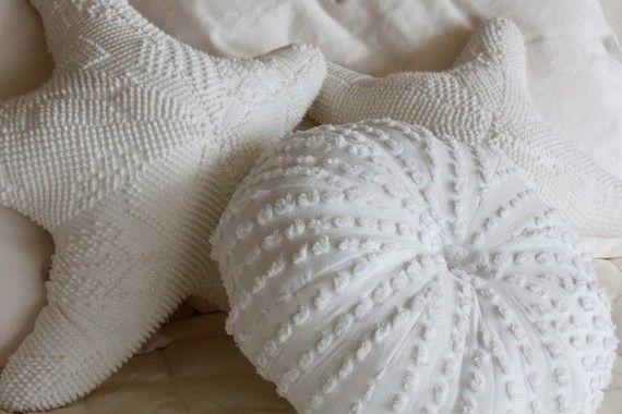 Chenille Sea Urchin and Star Fish pillows: Starfish Pillows, Shells, Idea, Chenil Bedspreads, Chenille Bedspreads, Sea Urchins, Throw Pillows, Beaches Houses, Urchins Pillows