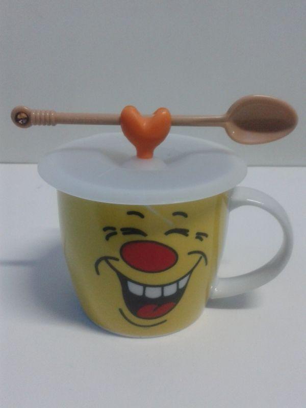 Mugs en cerámica decorativos de caras 2 con tapa de goma, incluye cuchara. #MugsDecorativos #Detalles