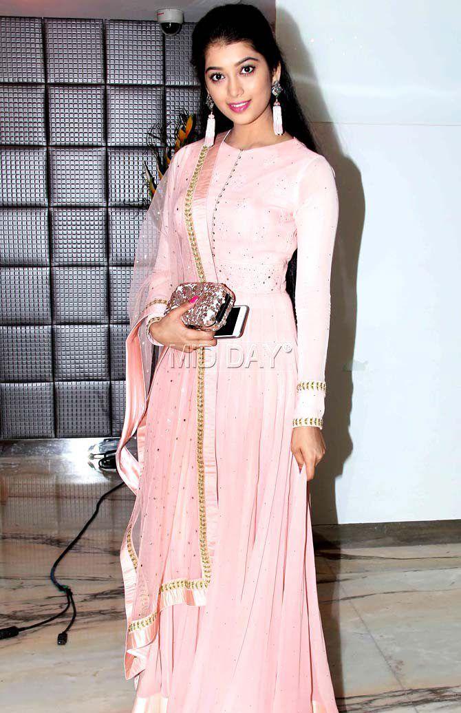Digangana Suryavanshi at Aman Verma's wedding reception in Mumbai. #Bollywood #Fashion #Style #Beauty #Hot #Sexy #Ethnic
