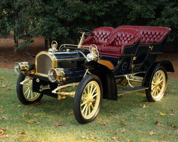 1905 Buick Model C - (Buick Motor Car Company, Flint, Michigan 1903-present)