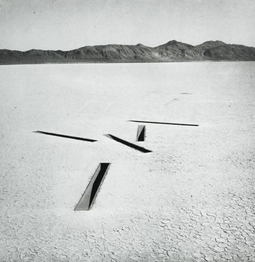 icancauseaconstellation:   Michael Heizer_Dissipate No. 8 of Nine Nevada Depressions(1968)