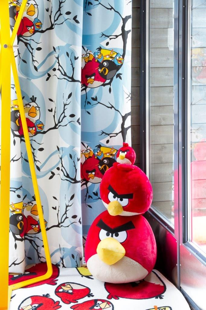 """Birds on a tree"" curtain,140 x 250 cm - Angry Birds Interior Collection by Vallila"