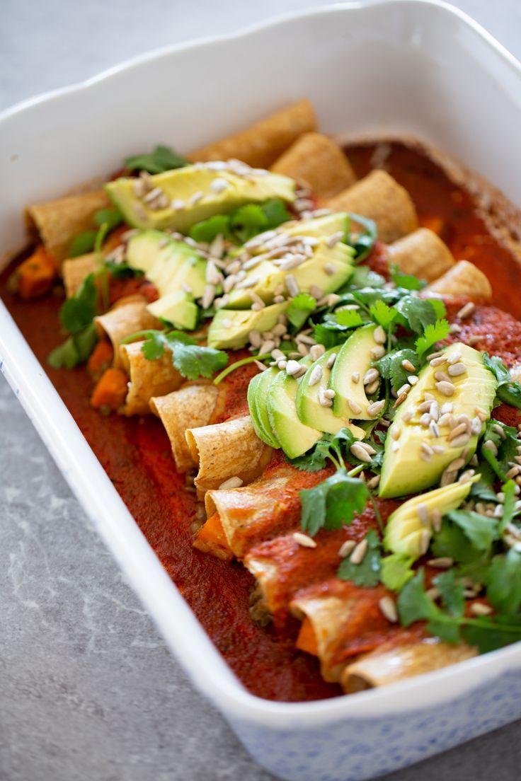Enchiladas Veganas Conlentejas Y Salsa Roja Piloncillo Vainilla Receta Recetas Veganas Recetas Vegetarianas Mexicanas Recetas Saludables
