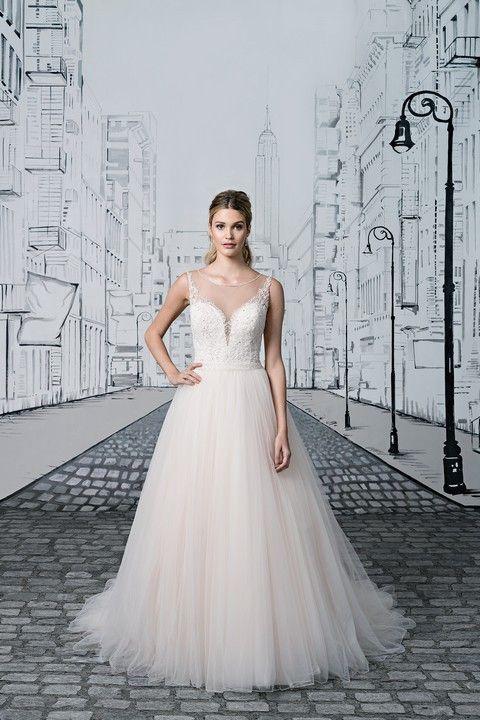 sv127-svadobne-saty-svadobny-salon-valery