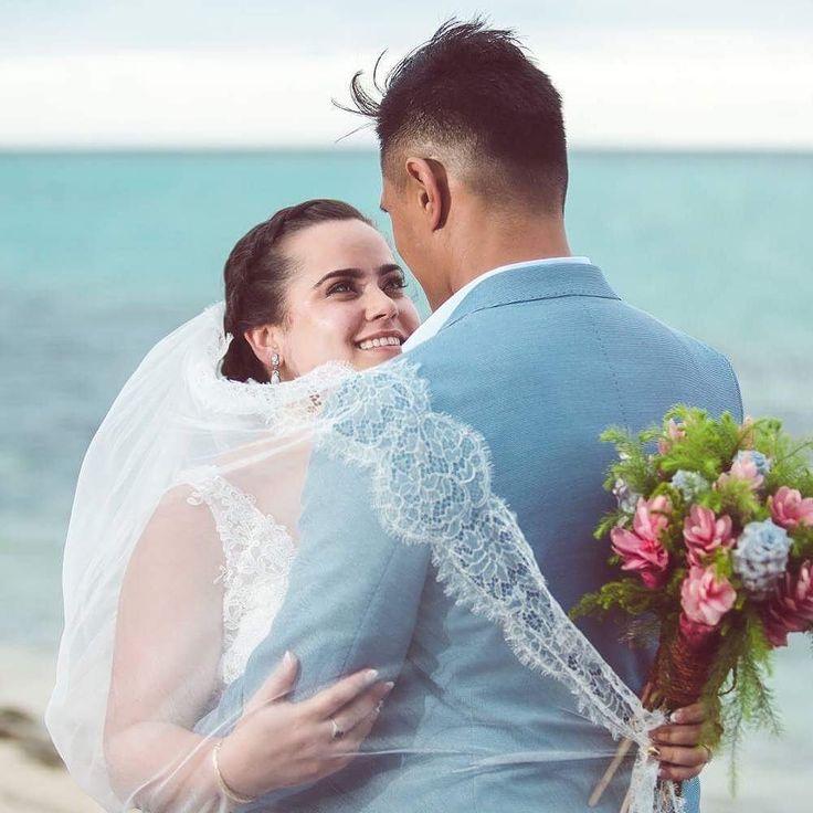 My favourite shot from Reihana & @siobhanlee8s Fiji Wedding yesterday on @fijimanaisland ! #wedding #fijiwedding #fijilove #beachwedding #islandwedding @fiji_weddings @myfijiwedding @weddingsfiji @my.fijiwedding @tropicalfijiwedding @fijimanaisland #manaisland #fijiresort #fijiholiday #weddingday #weddingfun #weddingtime