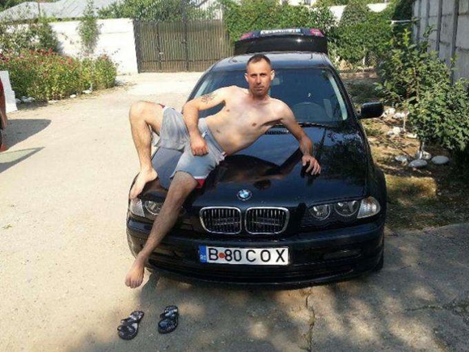 Un bărbat din Bucureşti a postat un anunţ de vânzare pentru o maşină şi a…