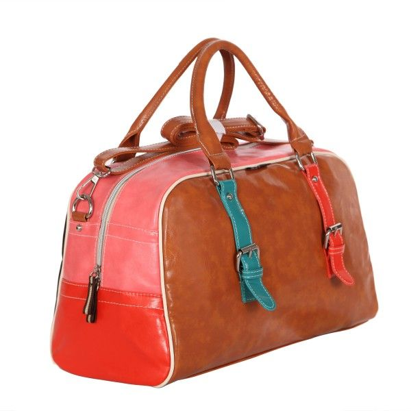 """The Gigi Sport.  A """"doctor's"""" shaped bag with adjustable/removable strap."""