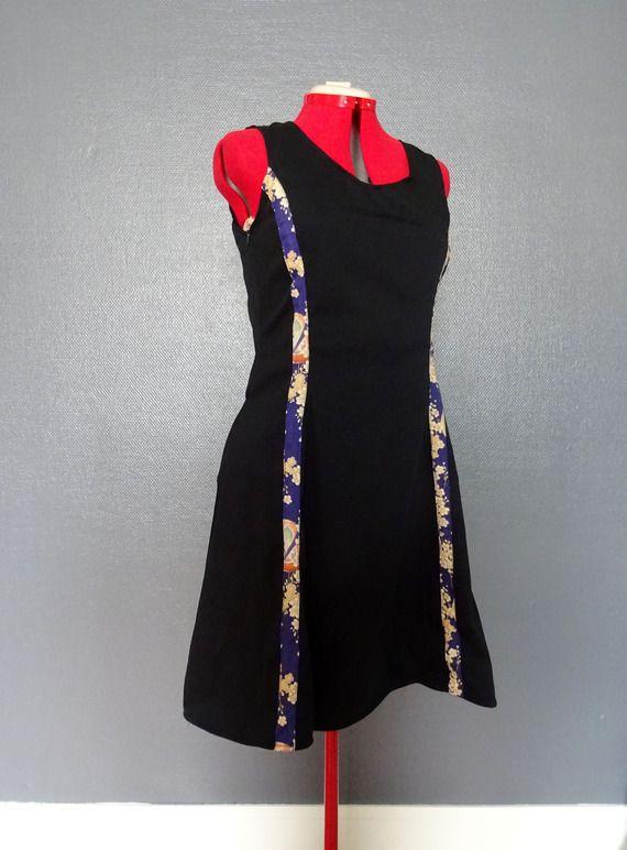 Robe mi-longue évasée noir et violet T40/42