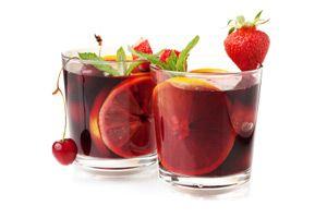 Guilt-Free Cocktail Cheats - margarita, pomegranate martini & sangria: Guilt Fre, Fruit Punch, Recipe, Orange Zest, Fruit Drinks, Dr. Oz, Guiltfr Cocktails, Skinny Sangria, Orange Juice